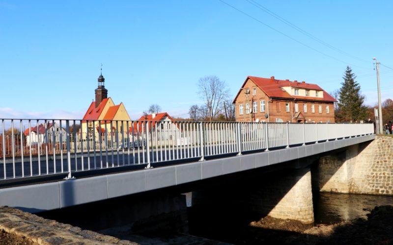 Most w Mościsku - widok z boku.